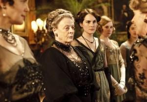 Downton-Abbey-Maggie-Smith-Michelle-Dockery-300x209