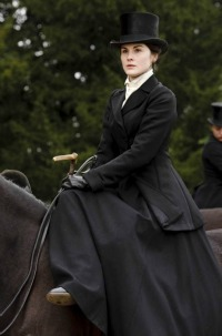 downton-abbey-mary-hunting